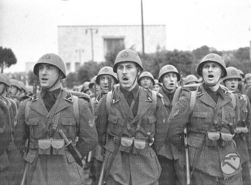 MVSN (= Black Shirts) cadets singing