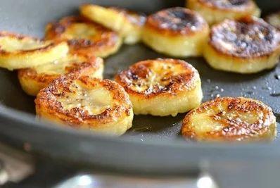 Обжаренные бананы с корицей и медом