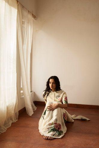 Guldasta sari , Guldasta blouse