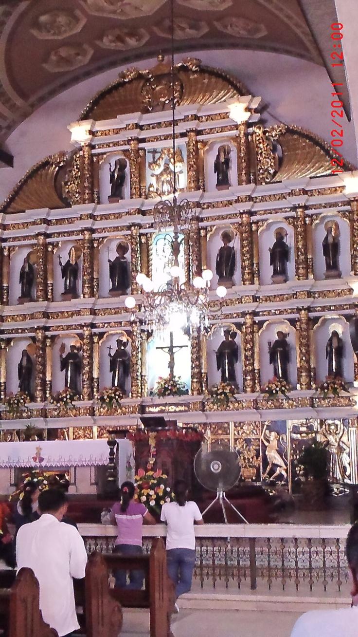 Altar of Sto Nino Shrine in Cebu