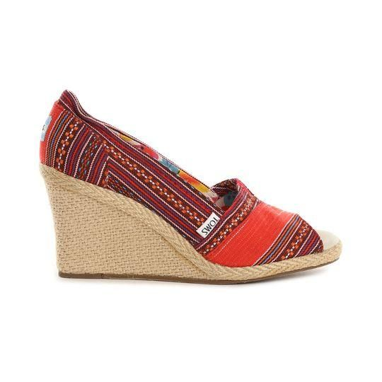 Sandalia Peep Toe Étnico Rojo Cuña: 8,5 cm