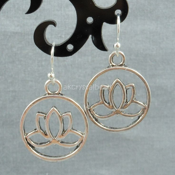 Lotus flower round charm antique silver earrings MTP0007