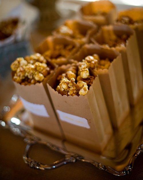 Snacks que sin duda alguna debes tener en tu boda. Palomitas de caramelo