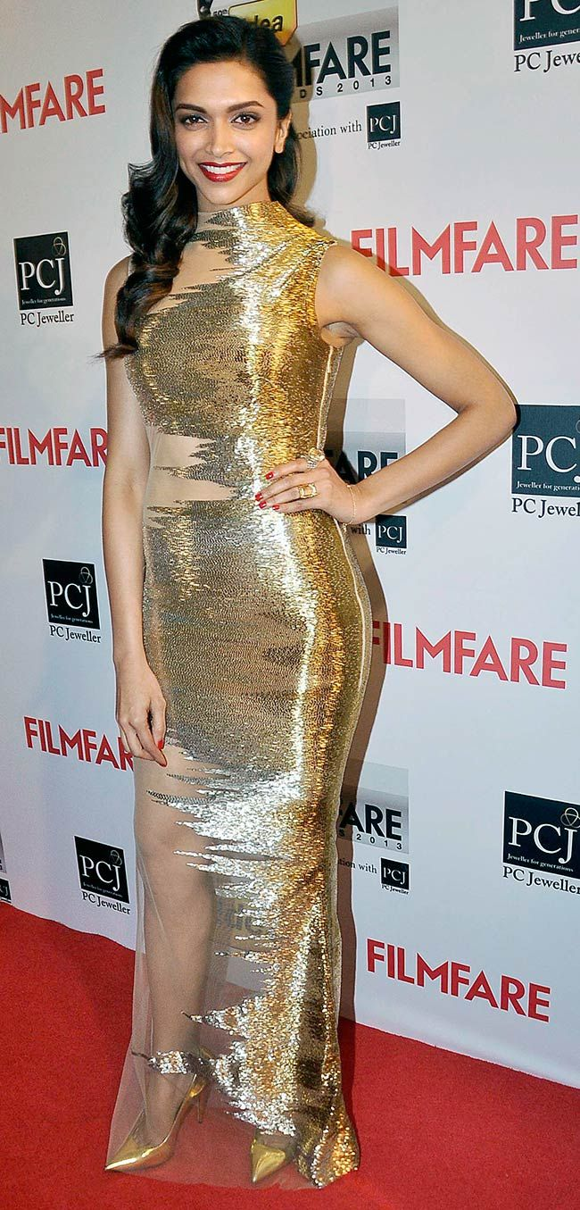 Deepika Padukone looked stunning in a sheer Gaurav Gupta gown on the Red Carpet at the 59th Idea Filmfare Awards 2013.