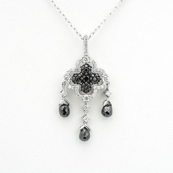 K18ホワイトゴールドブラックダイヤペンダント クロスモチーフ スイングデザイン ブラックダイヤ:1.70ct