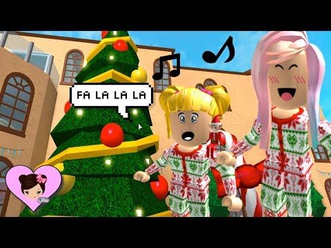 christmas fun in bloxburg roblox roleplay with goldie singing