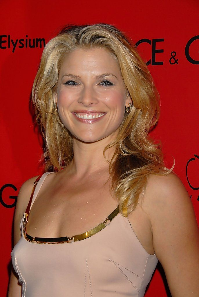 lovable Ali Larter ...  Delectable Beauty...   Larter appeared in Glamour along with fellow actresses Rachel Bilson and Diane Lane in 2007.