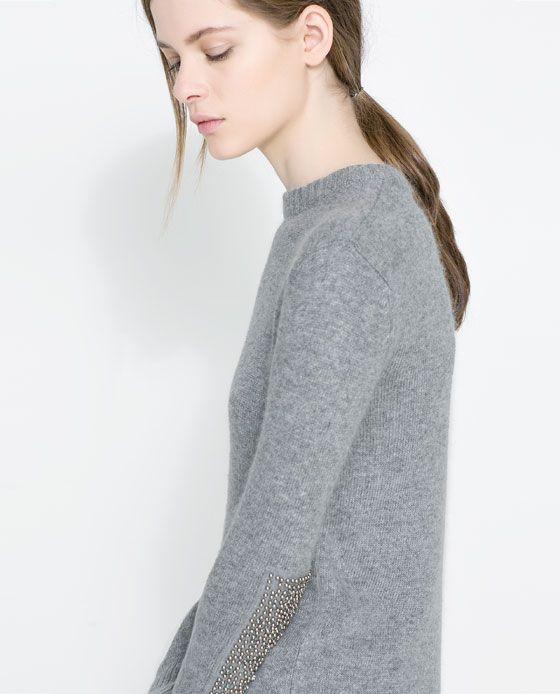 Immagine 5 di MAGLIA TOPPE GOMITO CON STRASS di Zara