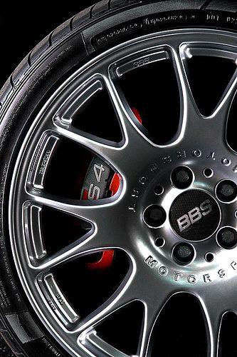 Love 2004 Audi S4 wheels