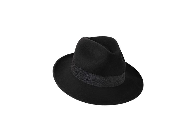 The A/W15 Collection | Amber Trilby | Charcoal Black | Black Lace Band www.penmayne.com #trilby #hats #accessories