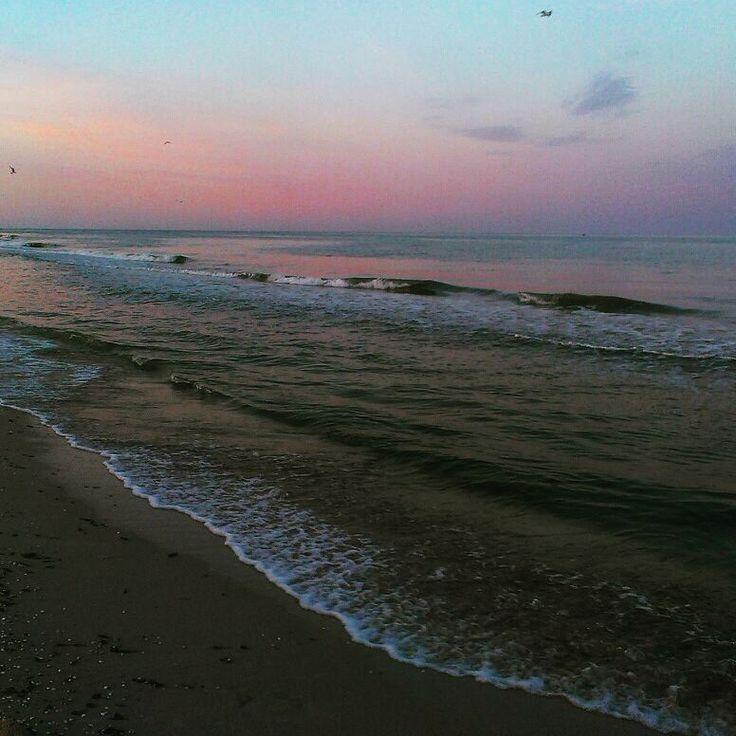 Это фотографии с моря,расслабься и смотри. . . . P.s Оцените фото в комментариях,вам нравится такой стиль?. . .  #beuty#manicure#heart#nature#art#meditation#gold#beautiful#море#sea#love#elsa http://misstagram.com/ipost/1571632451087514733/?code=BXPj2MsjDxt