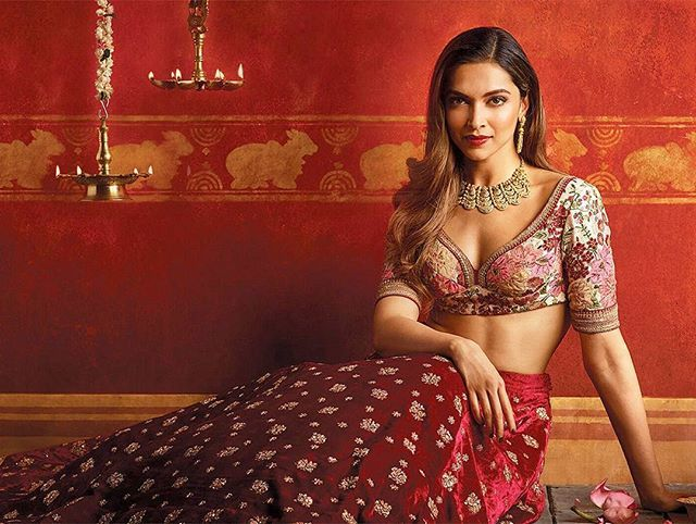 "Hottest Bride 🔥❤ @deepikapadukone for @tanishqjewellery latest ""Shubham"" campaign. Styled by @shaleenanathani @paisnehal , Hair by @georgiougabriel & makeup by @anilc68.  #deepikapadukone #deepika #tanishq #bollywood #hollywood @deepikapadukone"
