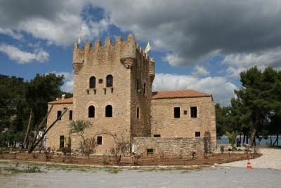 The tower of Tzannetakis Family in Kranai Island Gytheio Mani Laconia Greece  - Elaionas Studios Apartments Gytheio Greece -   Contact: Stavropoulos Evangelos -   Tel. +30-27330-21512 Mobile. +30-697-3788697 -   www.elaionas-studios.gr  info@elaionas-studios.gr