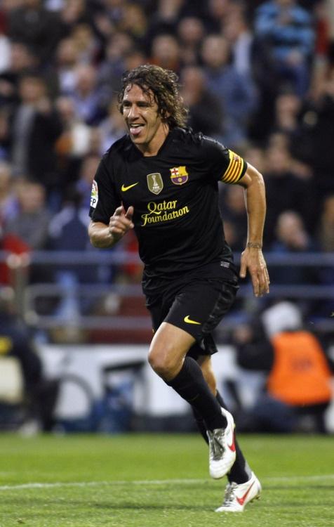 Carles Puyol after scoring against Zaragosa