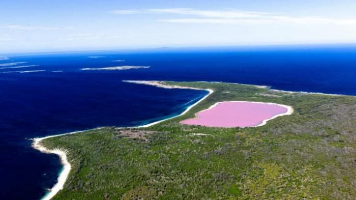 Lake Hillier Australia - Kamu Lagi Terkena Virus Merah Jambu? Spot Ini Wajib…