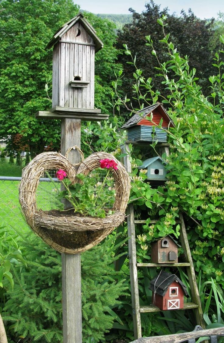 Birdhouses on an old ladder