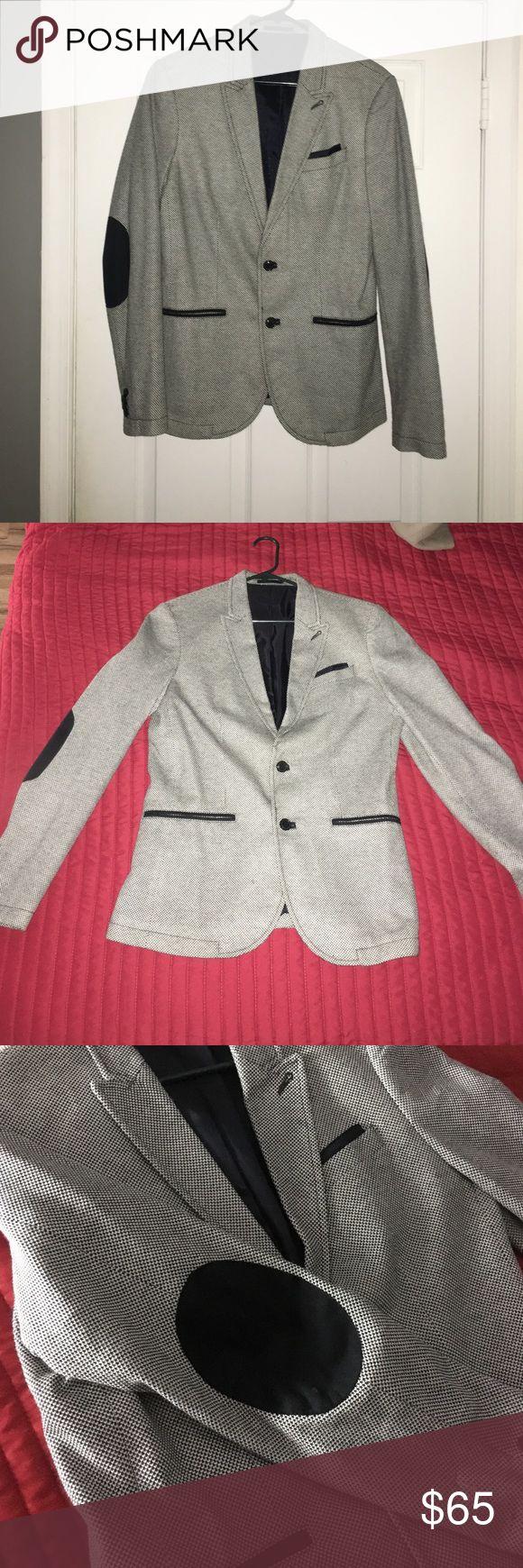 Zara men's blazer- USA -Large Gray Zara men's blazer . Fits :slim Zara Suits & Blazers Sport Coats & Blazers