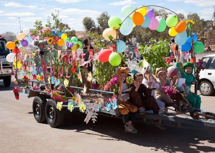 The Opal Festival in Coober Pedy kicks off at 1.00pm with a colourful street parade in Coober Pedy's unique main street and heads towards the Oz Minerals Oval where festivities will continue from 2.00pm.