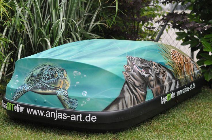 Dachbox gestaltet im Airbrush Spraydosen Mix. #kunst #art #molotowcans #molotow #airbrush #spraydosen #customart
