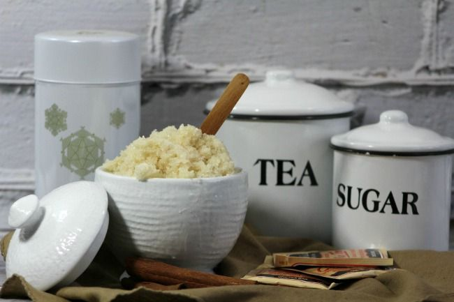 Want a simple bath recipe that you can easily make at home? Check out our Vanilla Chai Body Scrub Recipe here!