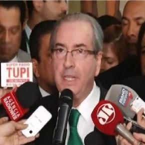 Eduardo Cunha chora e renuncia a mandato de presidente http://br.blastingnews.com/brasil/2016/07/eduardo-cunha-chora-e-anuncia-renuncia-chocando-o-pais-com-revelacoes-001004117.html?sbdht=_pM1QUzk3wsf0v4Cti39PYTdsD__zAEtl7k9QFDJZ5_Yddenj3ewqBw2_