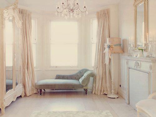 .: Chai Lounges, Diy Home Decor, Lamps, Dreams, Shabby Chic, Colors, Bottle Longue, Bedrooms, Dresses Rooms