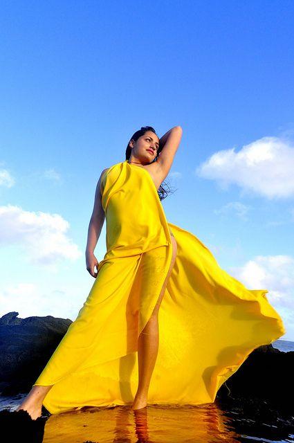 Sesiones fotográficas en Rapa Nui. Traje típico, telas, pintura corporal.