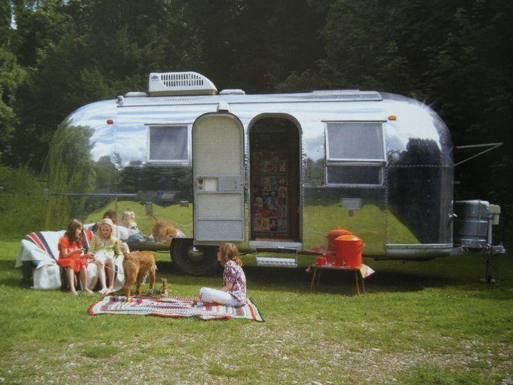1000 id es sur le th me caravanes vintage sur pinterest caravane camping v - Camping dans son jardin ...