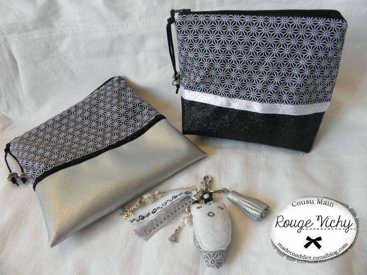 Trousse de toilette tissu paillette et pochette à maquillage en simili cuir argent, bijou de sac avec chouette en tissu