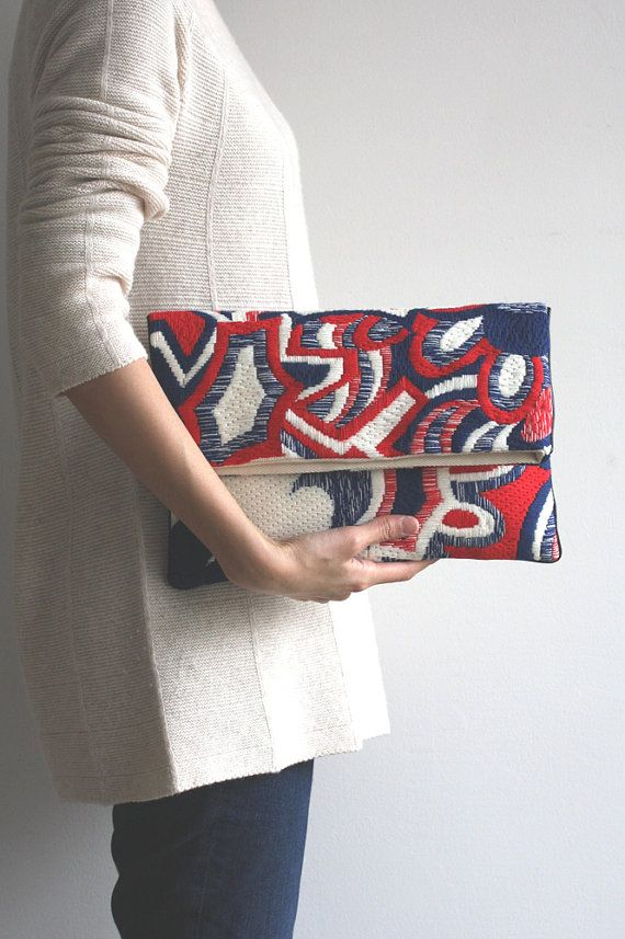 Needlepoint clutch/explosion 1501N82 by CresusArtisanat on Etsy