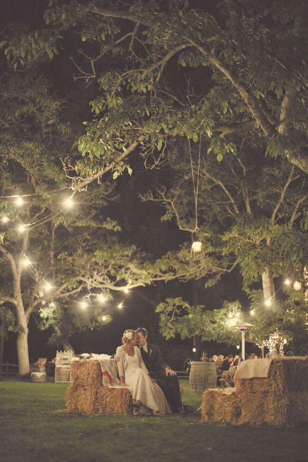 I want an outdoor wedding so bad!