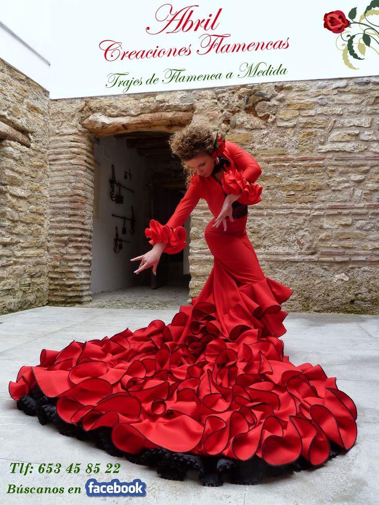 En Abril Creaciones Flamencas comenzamos este 2014  pisando muy fuerte.   Estrenamos este mes de Enero con un d...