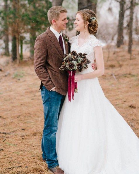 Capture that fairy-tale magic with a woodsy pine cone bouquet. | 27 Breathtaking Alternatives To A Traditional Wedding Bouquet