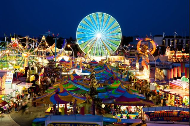 The CNE opens in Toronto this weekend. Will you try any of the new food? Don't forget to share your review on Chekplate!