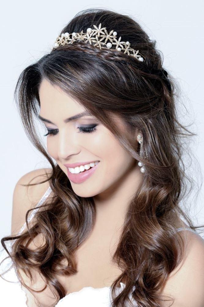 penteados para noivas para usar com tiara
