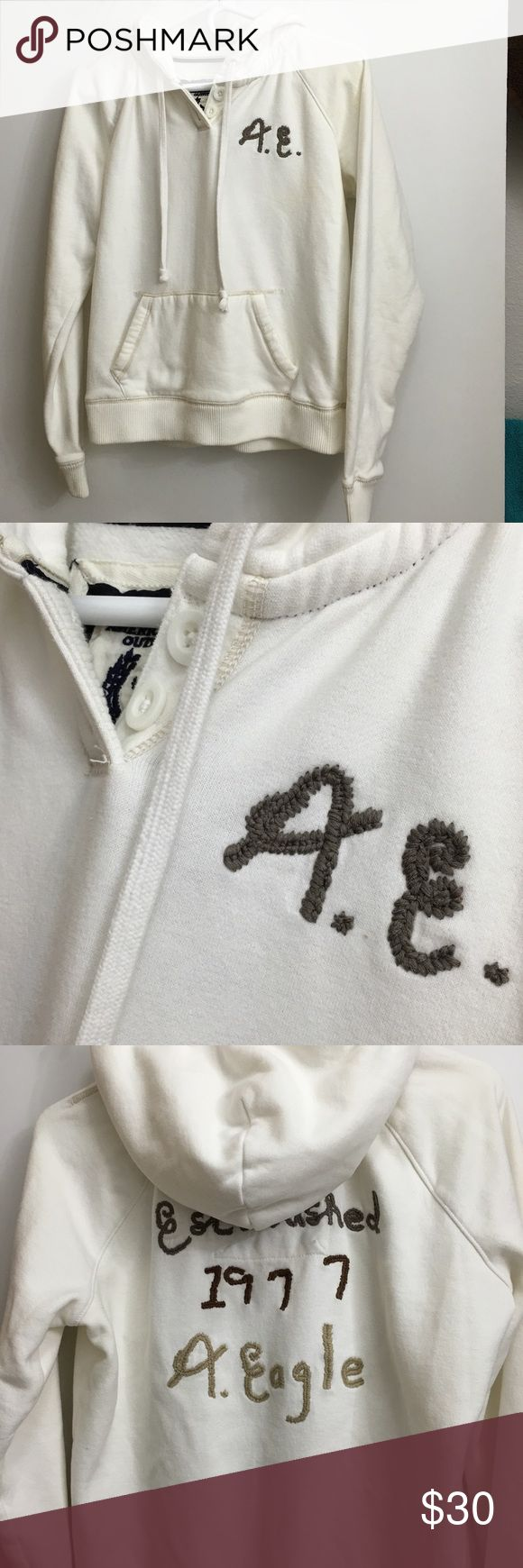 🌷PRICE DROP🌷 American Eagle Sweatshirt Amazingly soft cream colored hoodie from American Eagle. This was hardly worn. Size L. So cute and in great condition! Smoke and pet free home. American Eagle Outfitters Tops Sweatshirts & Hoodies