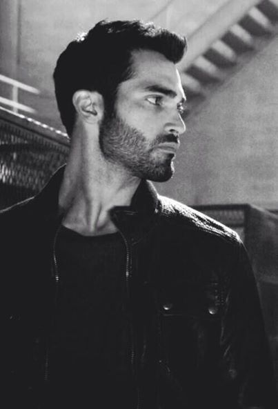 Derek Hale- I don't even care that this is the 50 millionth picture I've pinned of him.