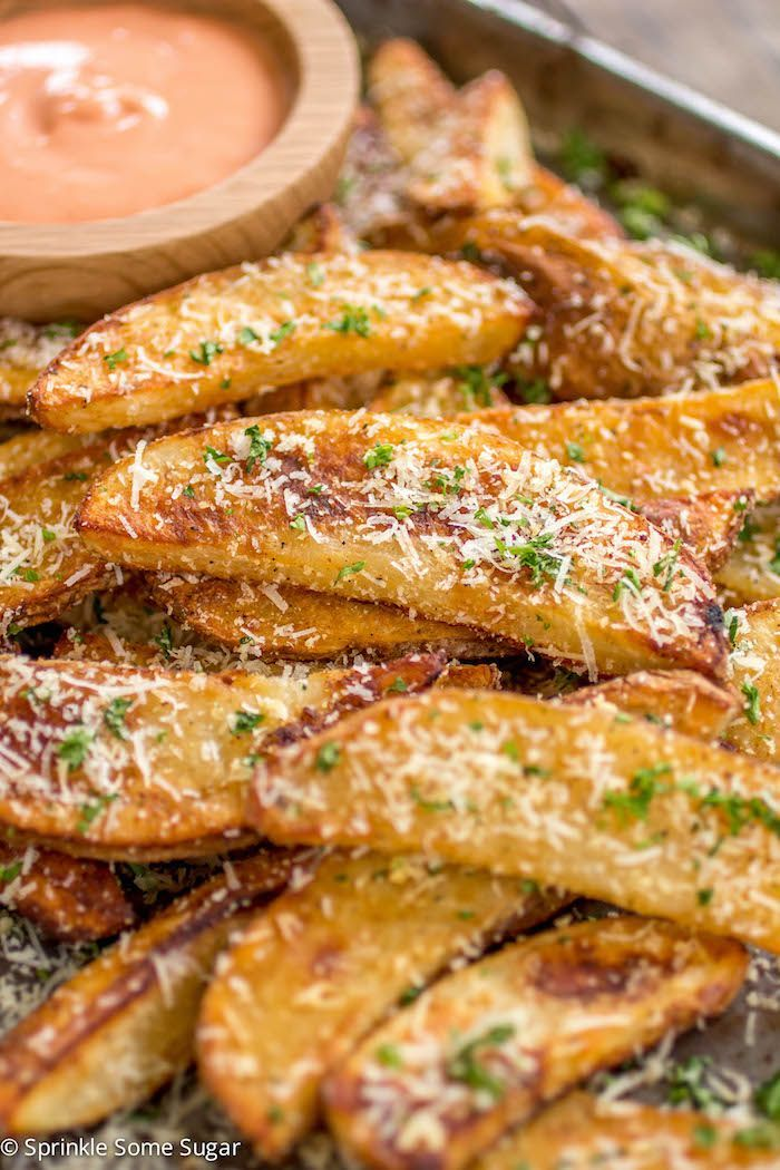 Perfectly spiced potato wedges that are perfectly crispy on the outside and tenderon the inside. Confession: I am a potato wedge ADDICT. I have made these at least10 times in two months. That's a lot of potatoes! I am sooo in love with these you guys, they are so, so, so good! Since I love...Read More »