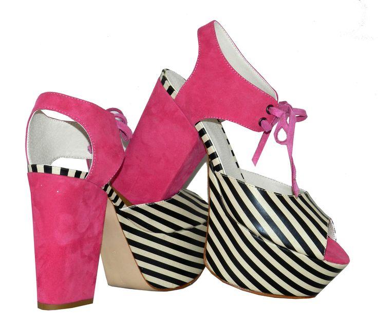 MarF Zapatos . Modelo Renatta  - cabritilla de colores combinado con rayas.
