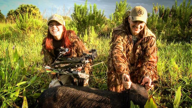 @gillianulatowski and her dad @dirtydadap226 all smiles after a #beautiful #early #morning #hog #hunt in central #florida using the @sasportsoutdoors  Empire Aggressor #hunting #crossbow #huntress #girlswhohunt #huntressview #girlsofthemarsh #all #smiles #funny #fatheranddaughtertime #outdoors #picoftheday #huntgram #outdoorliving #huntingthewild #huntingchick #soflo #centralflorida #enjoy #woods #season #turkeyseasonishere