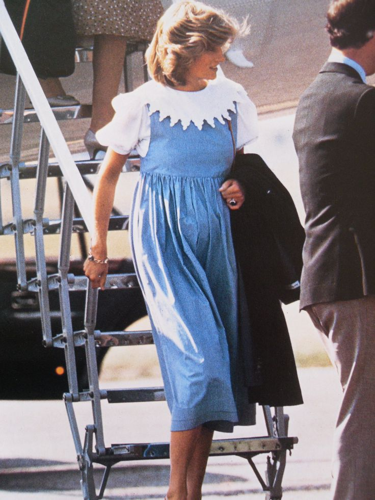 August 20, 1984: Prince Charles and Princess Diana arriving at Aberdeen Airport, Scotland.