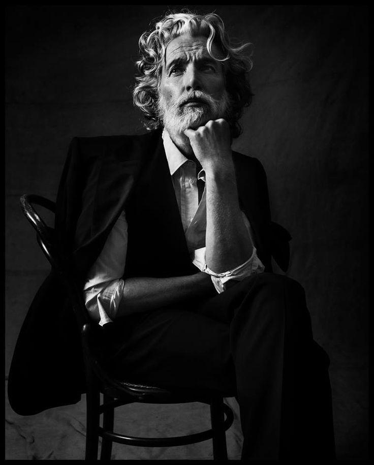 © Kalle Gustafsson, avec Aiden Shaw. https://www.facebook.com/pages/Le-Seuil-et-lHorizon/300782323265464