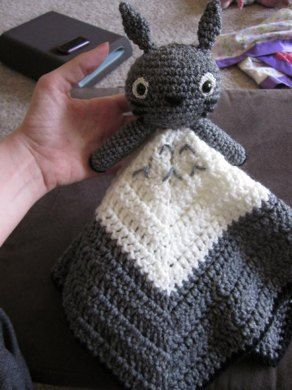 8 best totoro crochet patterns images on pinterest knitting lovey or security blankey of totoro you could also make it in blue i dt1010fo