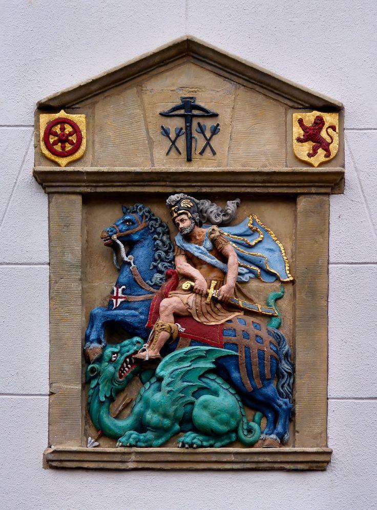 "Gevelsteen ""Sint Joris en de Draak"", Heusden. Photo by Pancras van der Vlist."