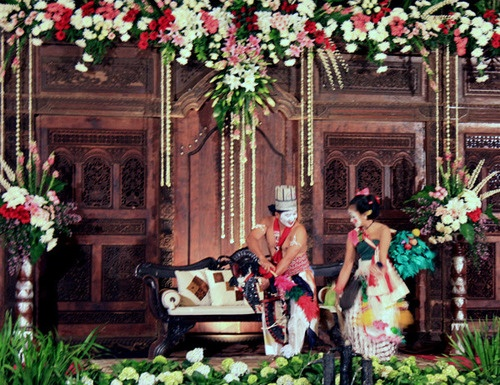 Edan edanan untuk kirab pengantin adat Jawa. http://bit.ly/wpQUpJ   #hiburanpesta