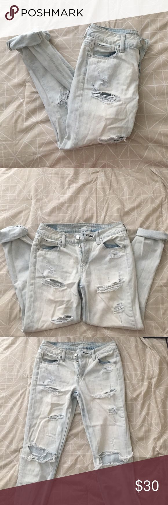 """NWOT AE """"tomgirl"""" (boyfriend fit) jeans So sad to part with these but they're just too big. I purchased them online not realizing that in this fit I needed to size down. The tag reads 0R (regular length) but they'll fit best on someone who's a 2-4. I've worn them around the house so there is no tag but they've never left my room. They need a new home ☺️❤️ American Eagle Outfitters Jeans Boyfriend"""