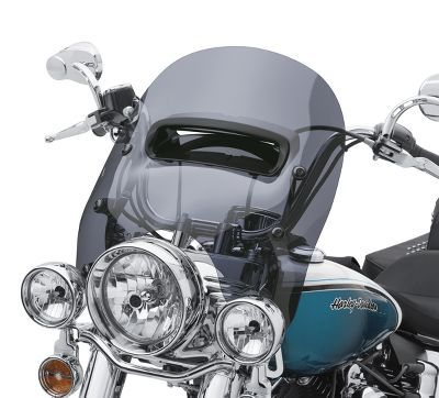 Manufactured from strong, scratch resistant material with a glare-reducing finish, the Harley-Davidson® Detachables Windsplitter Vented Windshield is the self-proclaimed super hero of windshields.
