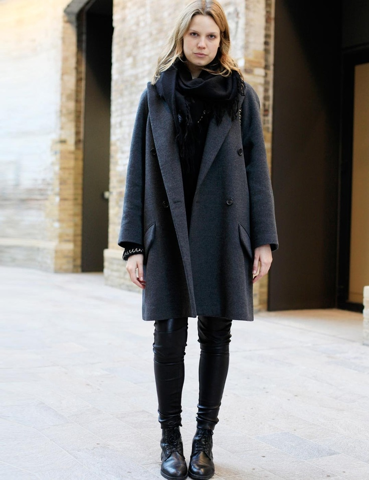 Student style winter style street styles and naomi campbell Fashion solitaire winter style