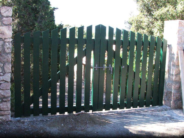 Cancello in legno verniciato di colore verde cancelli in legno pinterest - Leroy merlin arbor ...