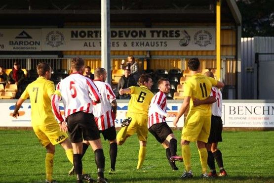 GALLERY: Tiverton Town v Evesham United | Tiverton Mid Devon Gazette